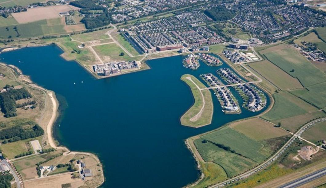 Woonvilla aan de Waterkering te Cuijk - ArchitectenGilde uw ...
