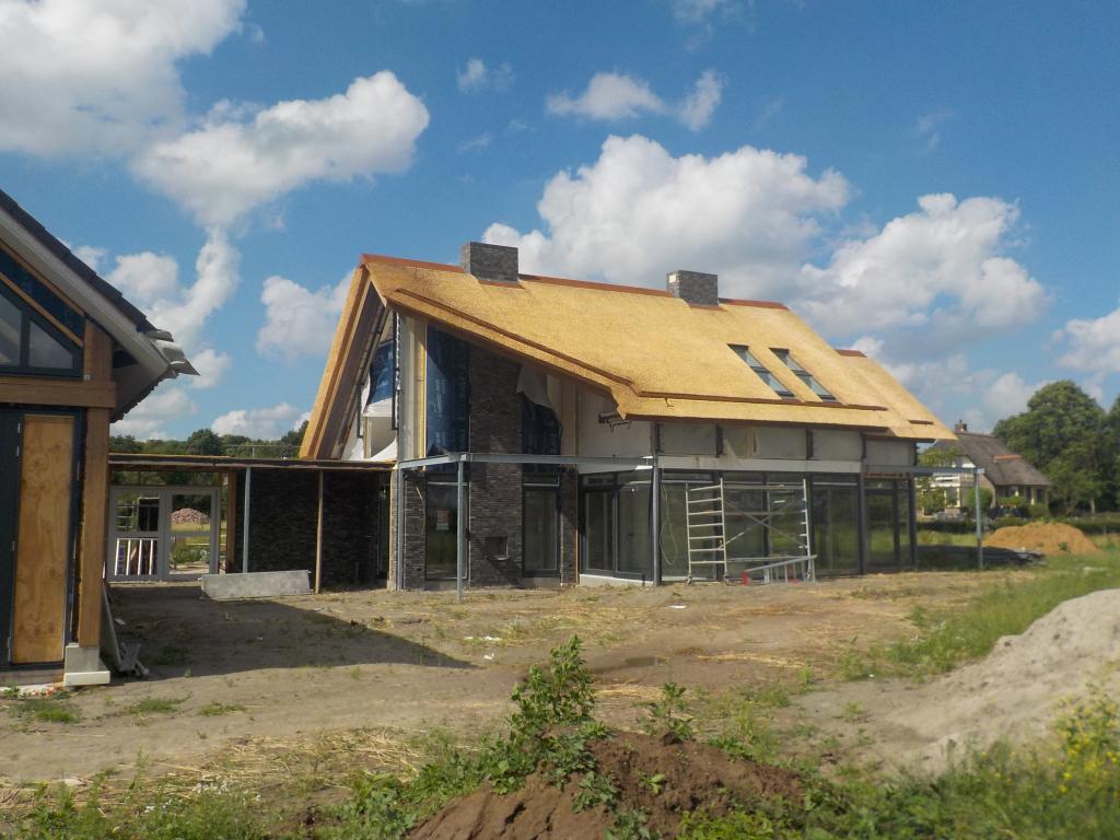 Villa Rieten dak Post&beam