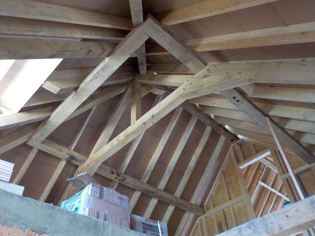 Eiken Kapconstructie dak boerderij rondgaande balk